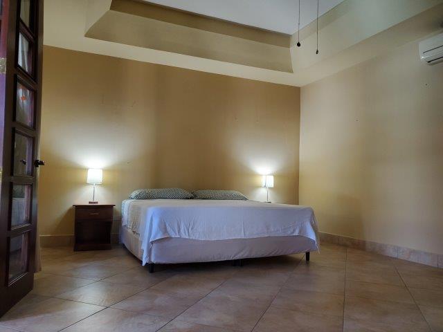 Real-Estate-Nicaragua-Managua-Casa-venta-Pool (7)