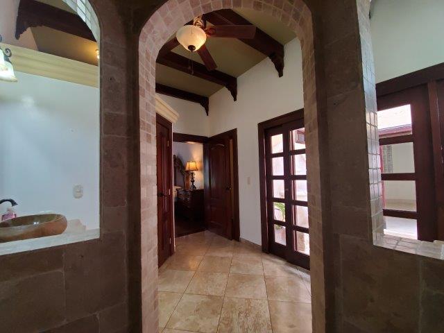 Real-Estate-Nicaragua-Managua-Casa-venta-Pool (70) - Copy