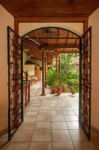 hotel-for-sale-nicaragua (9)