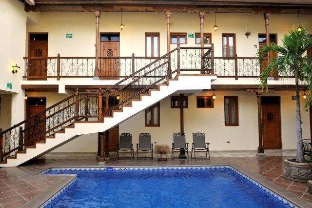 se-vende-hotel-granada-nicaragua (6)