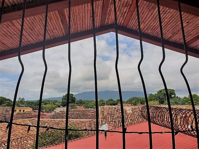 Se-vende-casa-colonial-granada-nicaragua (1)