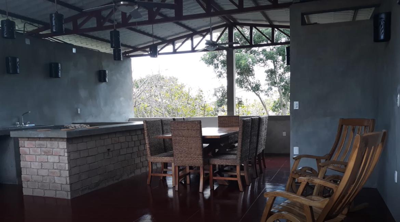 outdoor-living-in-nicaragua