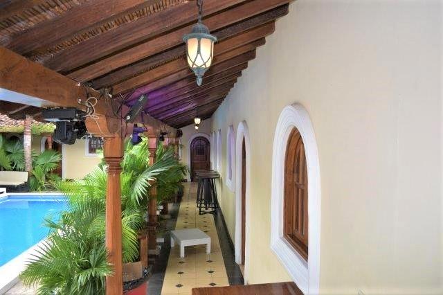colonial-home-calle-la-calzada-granada-nicaragua (52)