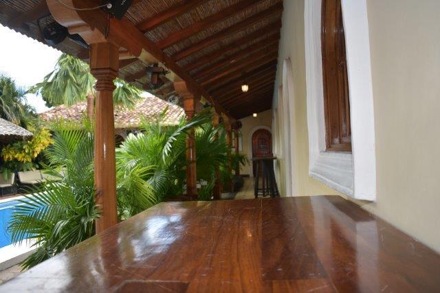 colonial-home-calle-la-calzada-granada-nicaragua (53)