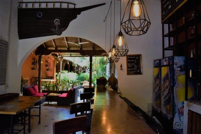 colonial-home-calle-la-calzada-granada-nicaragua (7)