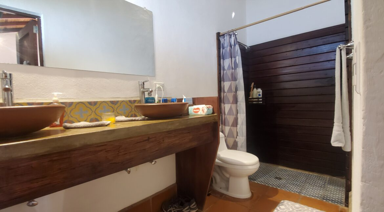 Granada + Nicaragua + Colonial Home + Pool + Vacation Home (22)