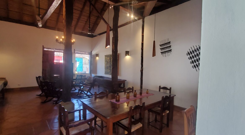 Granada + Nicaragua + Colonial Home + Pool + Vacation Home (44)