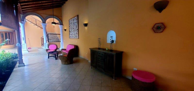 Granada Colonial home for sale (23)