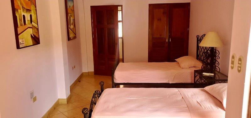 Granada Colonial home for sale (33)