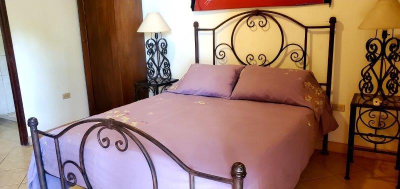 Granada Colonial home for sale (37)
