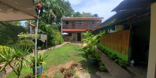 A BackPacker Inn for sale in León, Nicaragua