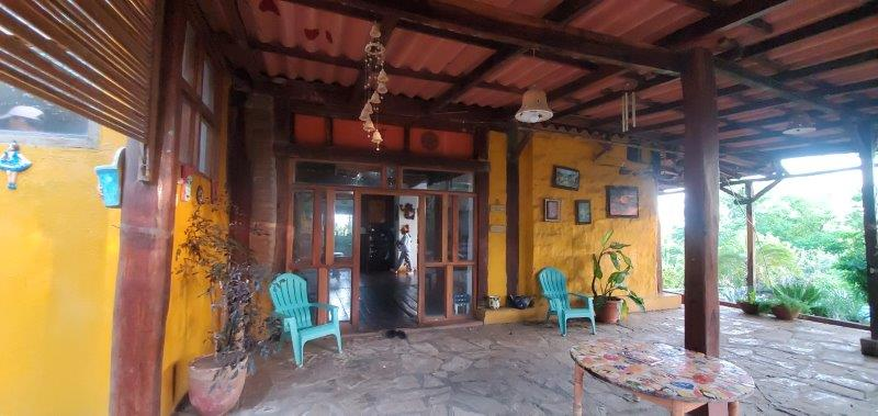 home for sale in poneloya