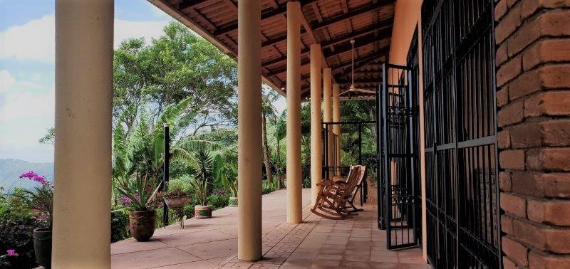 Nicaragua-real-estate-Granada-laguna-apoyo (5)