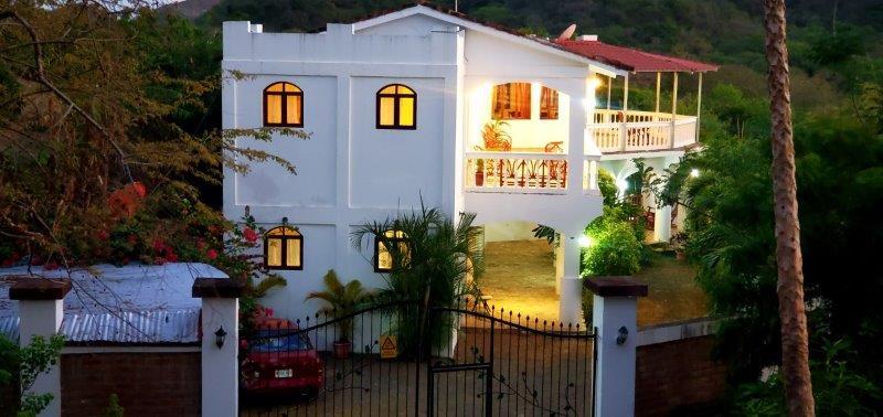 nicaragua-real-estate-miradores