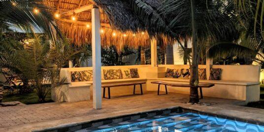 Nayal Lodge - Swimming pool