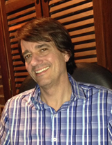 Chris Falkenstein LCSW is Licensed Clinical Social Worker who is Certified Rational Hypnotherapist who works out of the Mount Lebanon office in Pittsburgh. He has been a therapist for more than 20 years.