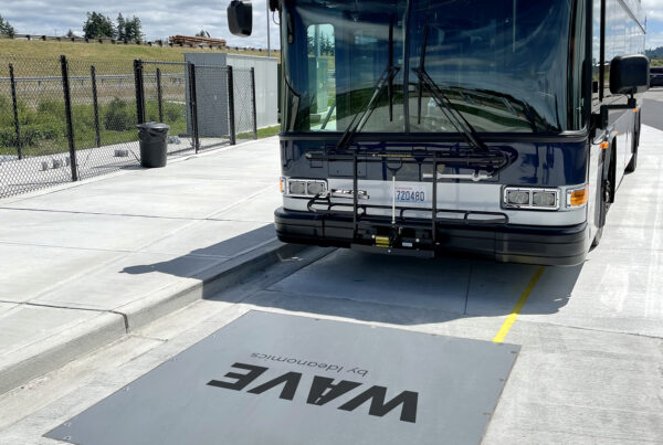 Twin Transit Wave Charge Pad
