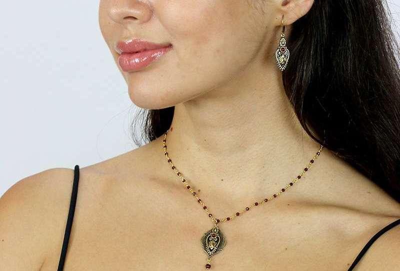 Gemstone Spotlight: Garnet