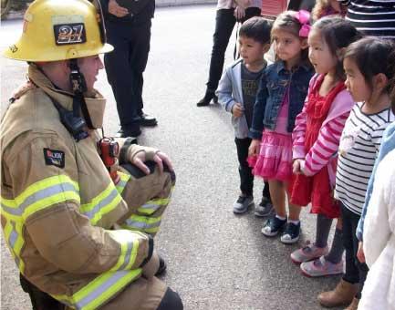 Kids with Fireman