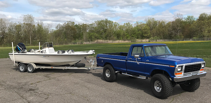 1978 Ford f250 pulling 22 foot key west. Boat and truck for Detroit River walleye charters