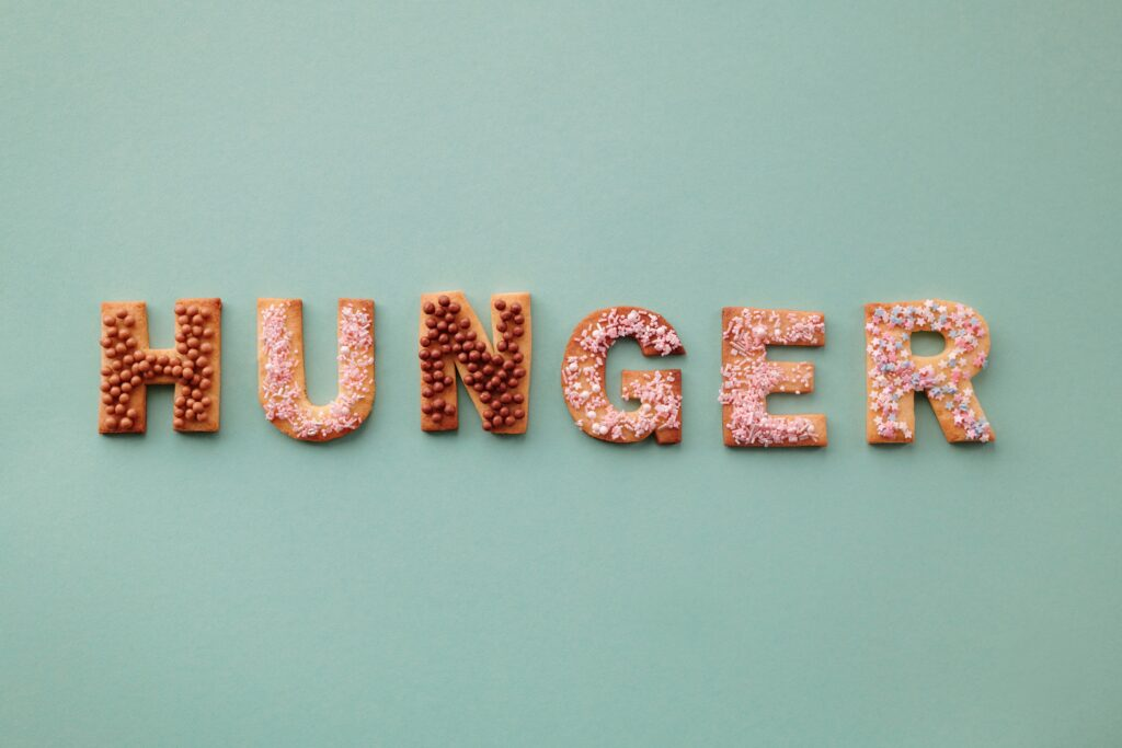 How to Cope With Hunger Pangs When You Practice Intermittent Fasting
