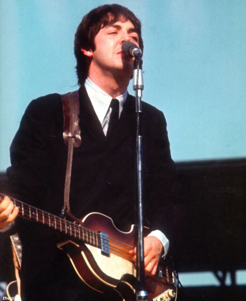 The Beatles at Comiskey 04