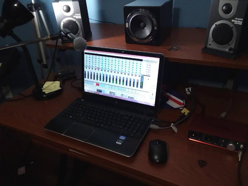 Studio laptop for mixing