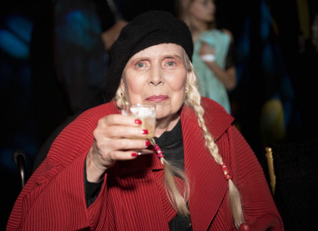 Joni Mitchell at Los Angeles Fashion Week Fall-Winter 2019 by Art Hearts Fashion