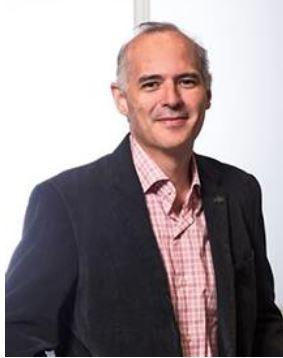 Mario Santana-Quintero headshot