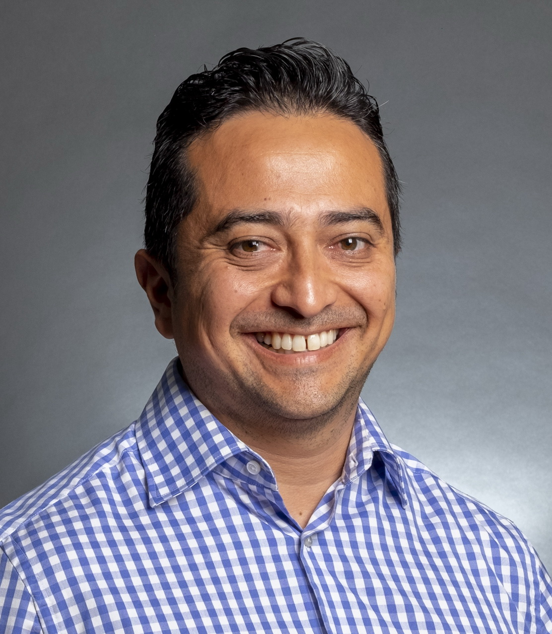 Andres Baez Headshot