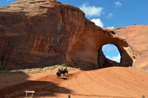 25. Monument Valley Ride 2015