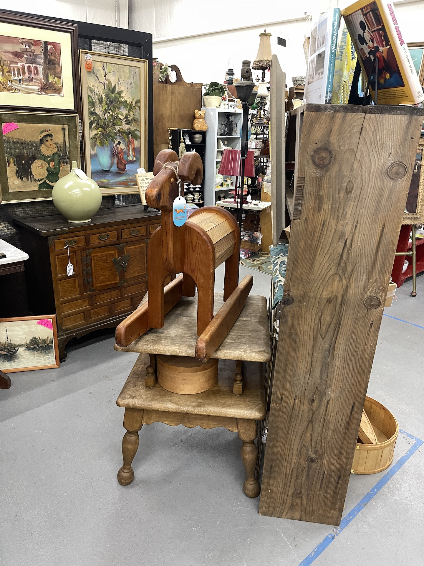 Booth-with-rocking-horse