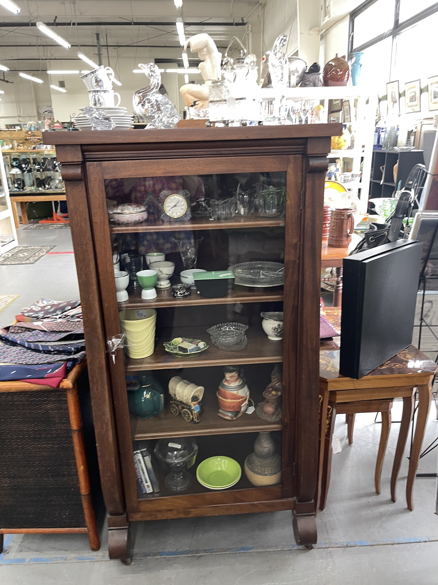 Booth-with-wood-case-glass-front