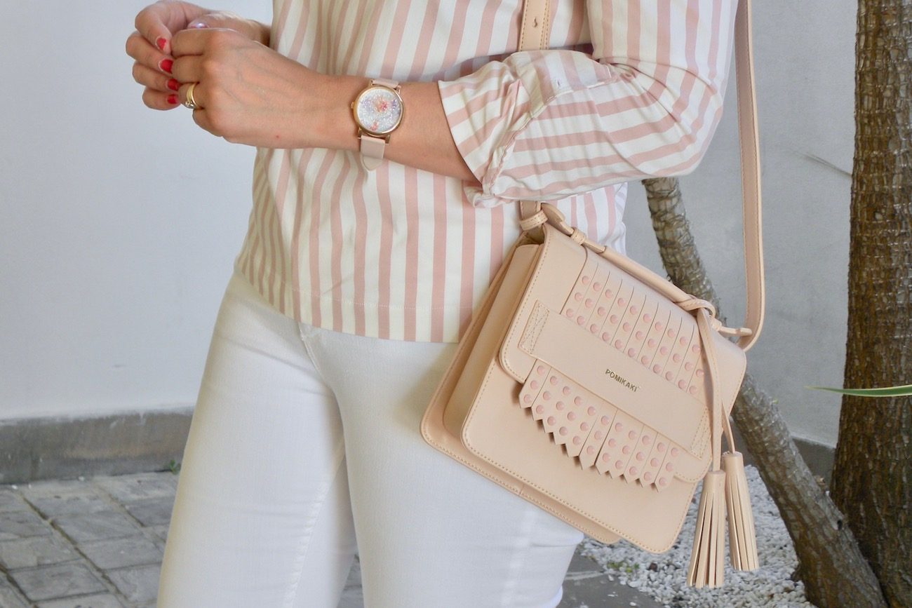 how to wear pink stripes