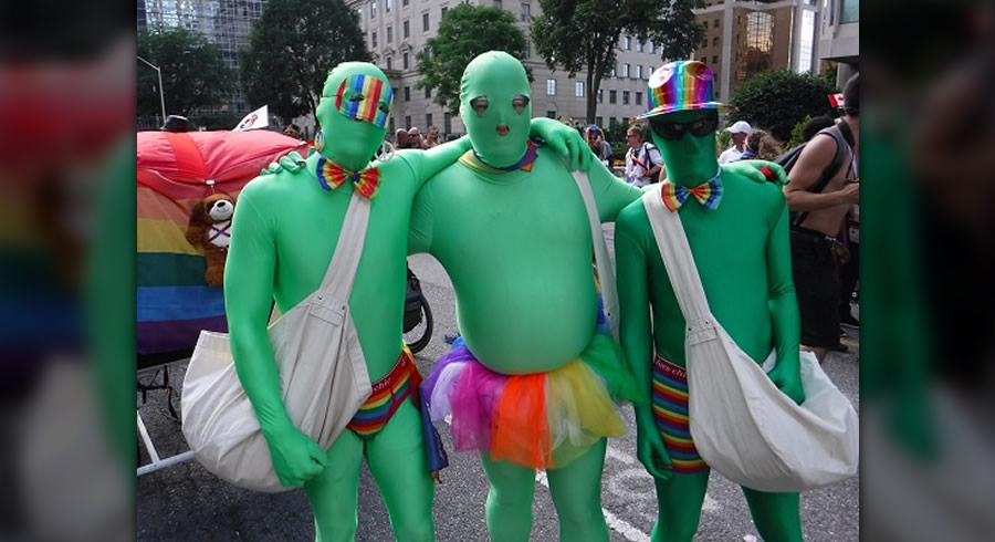 Gay-Green-Zombies-900