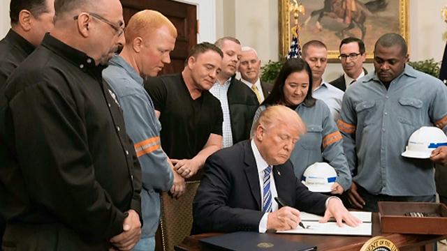 APP-030918-Trump-Steel-Workers