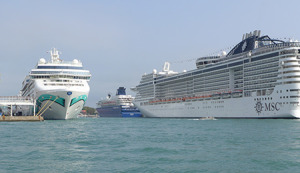 More Cruise Ships in Venice, MSC