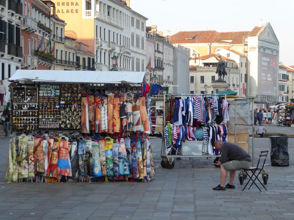 Kiosk - Legal Vendor San Marco