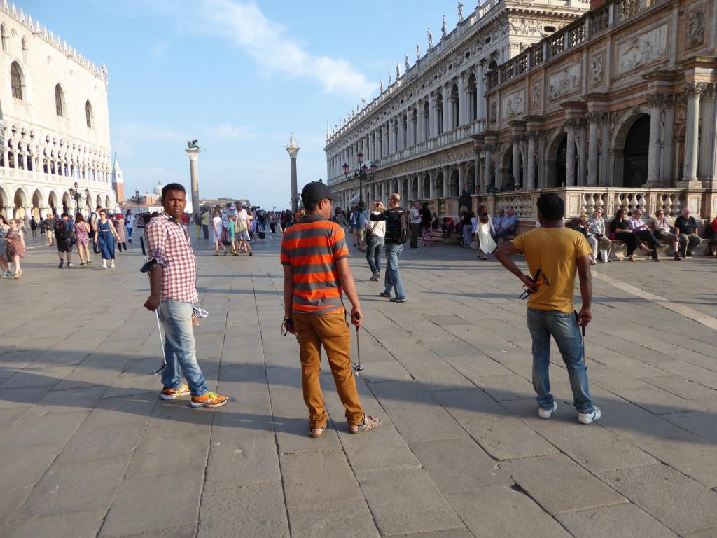 illegal vendors San Marco