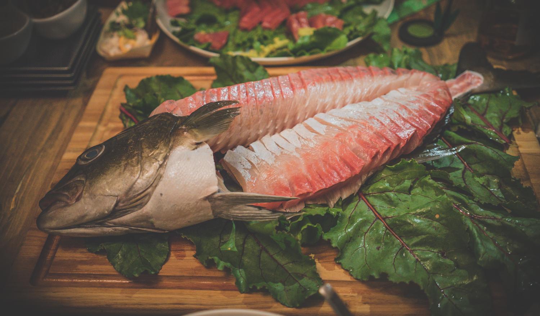 omega blue baja kanpachi sashimi