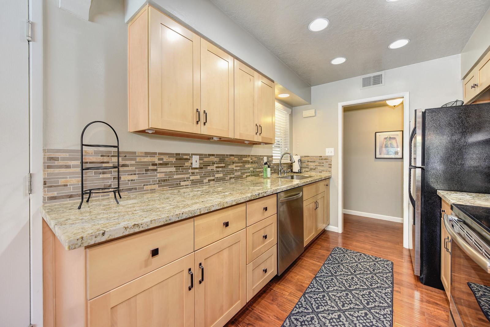 2208 Alegre Court Rancho Cordova CA 95670 ,Kitchen2