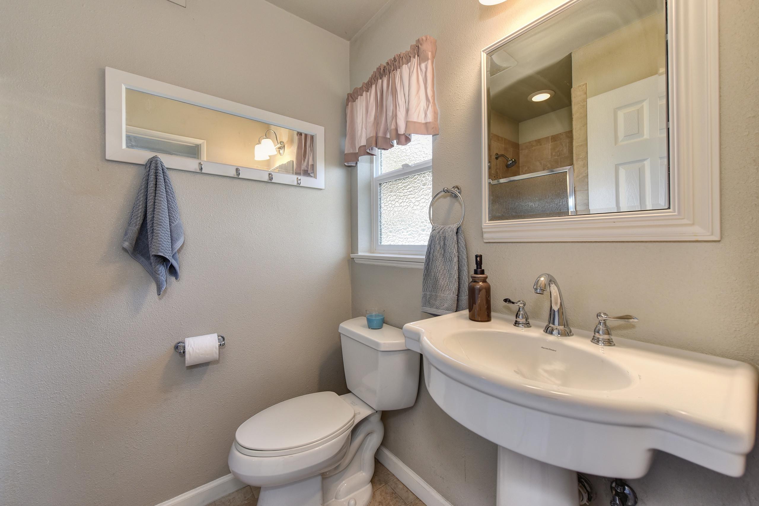 2208 Alegre Court Rancho Cordova CA 95670 ,Master Bath