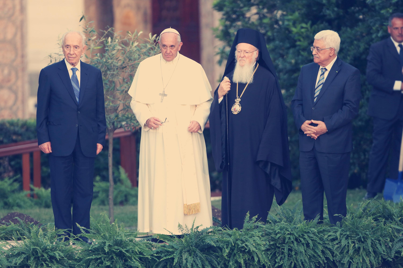 Pope Francis Meets Israeli President Shimon Peres, Palestinian President Mahmoud Abbas And Patriarch Bartholomaios I To Pray For Peace