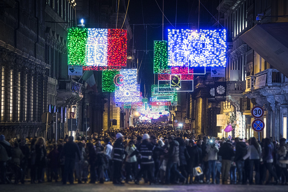 Christmas, Lights, NWO, Rome, Nations, flags, Pope, Francis, The Wild Voice, globalization, government