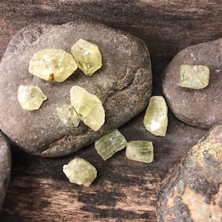 Apatite (Green – Gemmy)