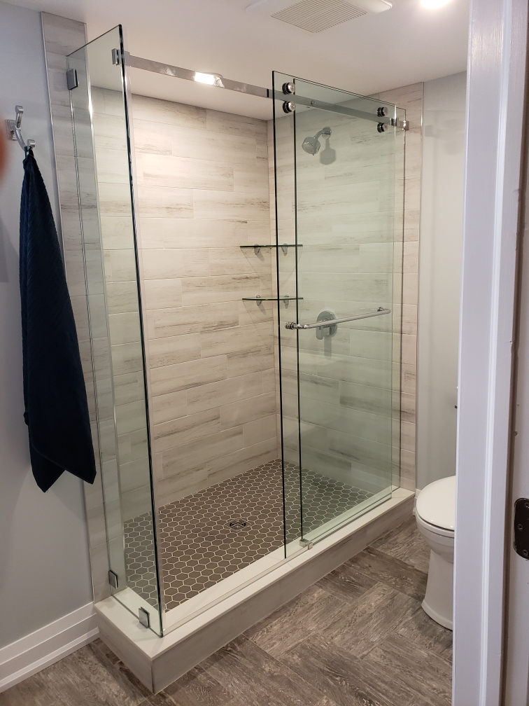 sliding shower enclosure on curb