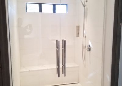 Double frameless shower doors