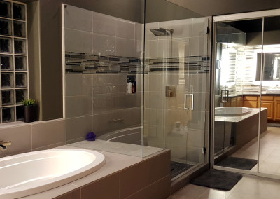 Big shower enclosure
