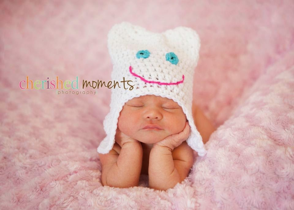 You are currently viewing Sweet Tooth Hat Crochet Pattern Release