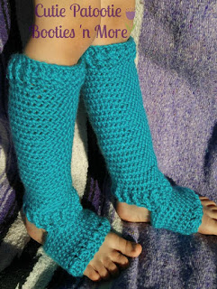 Plum Perfect Footed Crochet Leggings